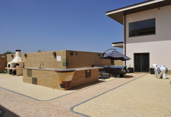 Luxury Estate with Vineyards - Entertainment & Leisure